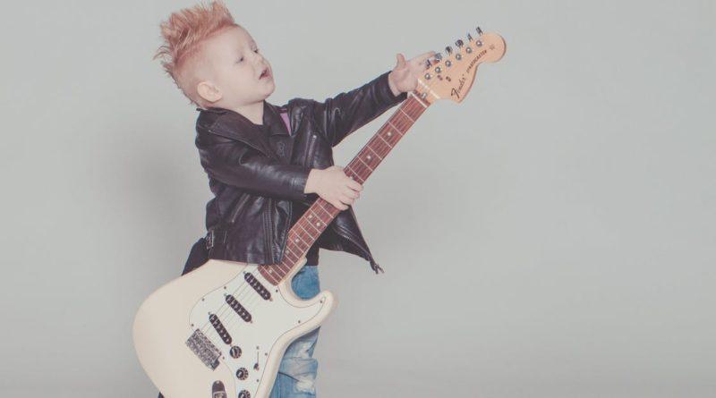Regalare uno strumento musicale ai bambini