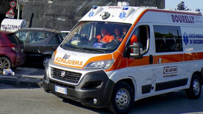 sequestrata ambulanza.